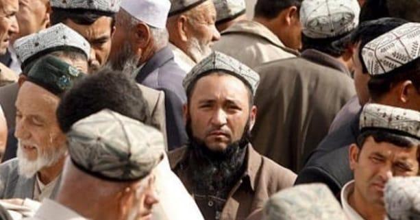 topi kaum Uygur